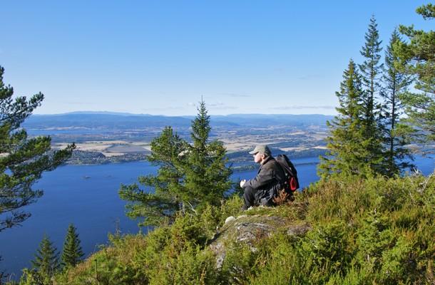 Ved den aldeles utmerkede utsikt over Tyrifjorden og Ringerike.