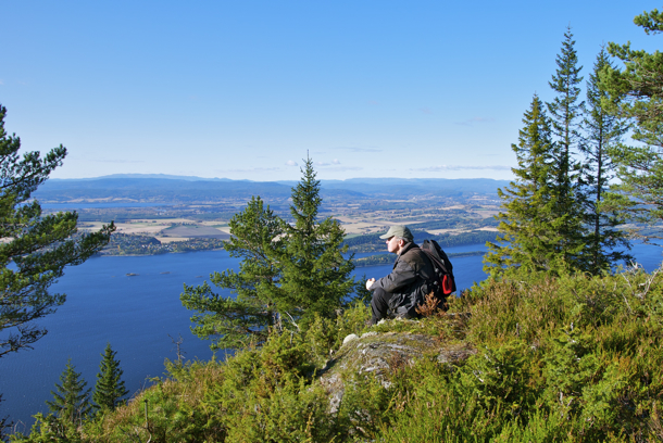 Bronsealderrøys ved Krokskogstupet.